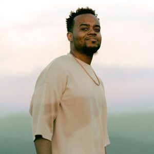 Travis Greene – Easter (Oil + Water) Unplugged Session